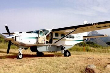 Africa Guided Flying Safari Holiday