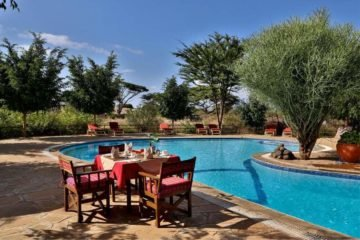 6 Days Kenya Wildlife Lodge Safari Tour