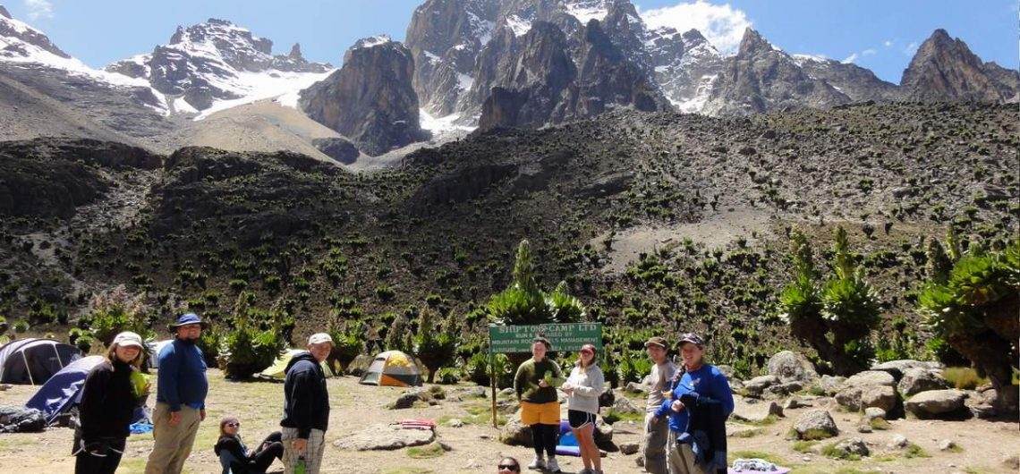 mount kenya trekking safari